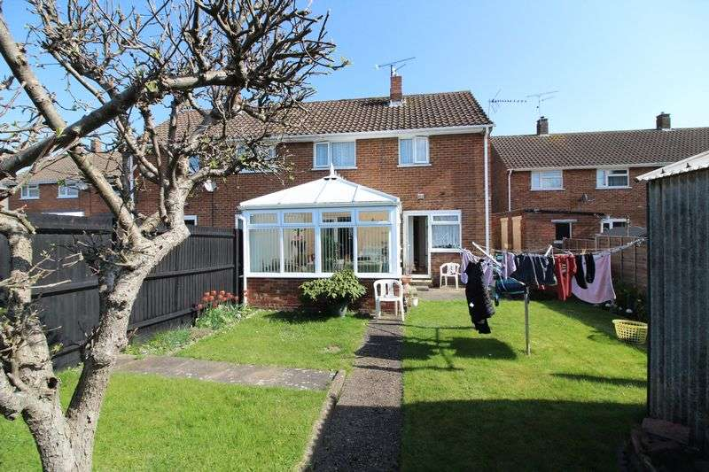 3 Bedrooms Semi Detached House for sale in Three bedroom in Runfold with two bathrooms