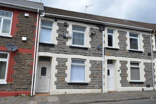 3 Bedrooms Terraced House for sale in Janet Street, Rhydyfelin, Pontypridd, CF37