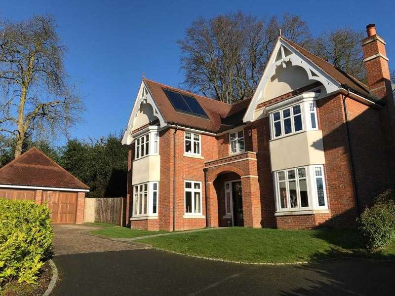 5 Bedrooms Cottage House for sale in Baronswood, Englefield Green