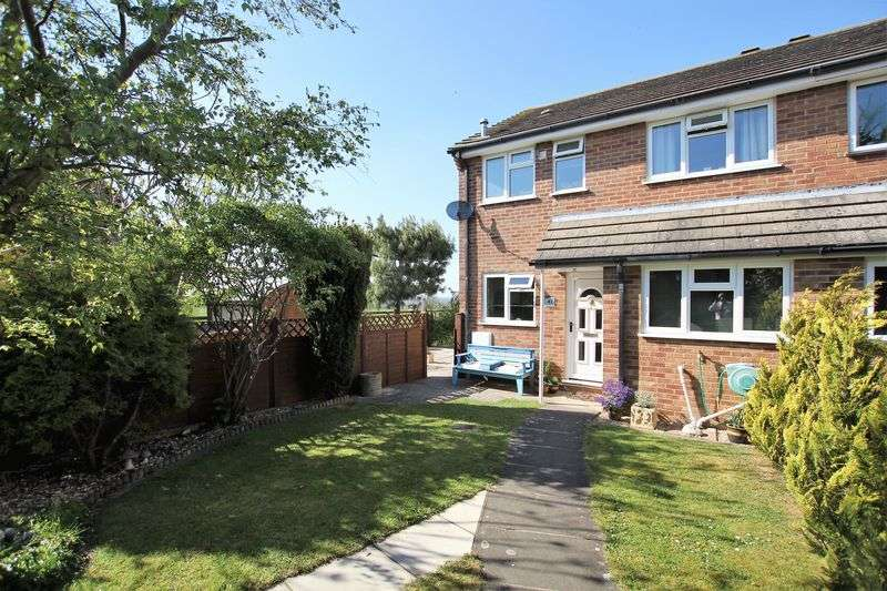 3 Bedrooms Semi Detached House for sale in Segsbury Road, Wantage