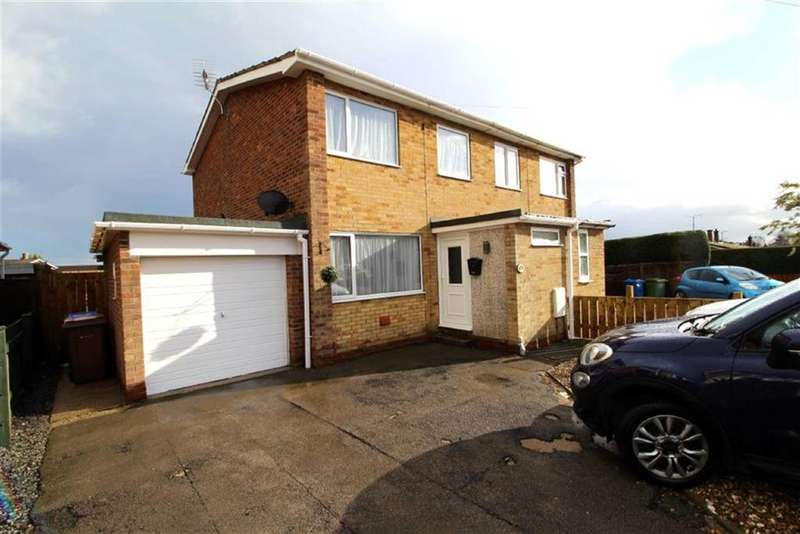 3 Bedrooms Semi Detached House for sale in Highfield Avenue, Driffield, East Yorkshire