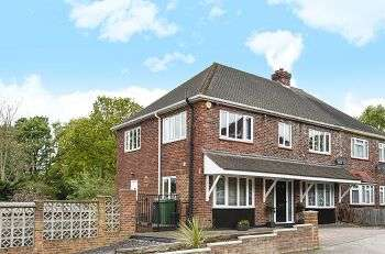 4 Bedrooms Semi Detached House for sale in Elmlee Close, Elmstead Woods, Chislehurst, Kent, BR7 5DU