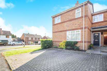 2 Bedrooms Semi Detached House for sale in Mason Avenue, Leamington Spa, Warwickshire, England