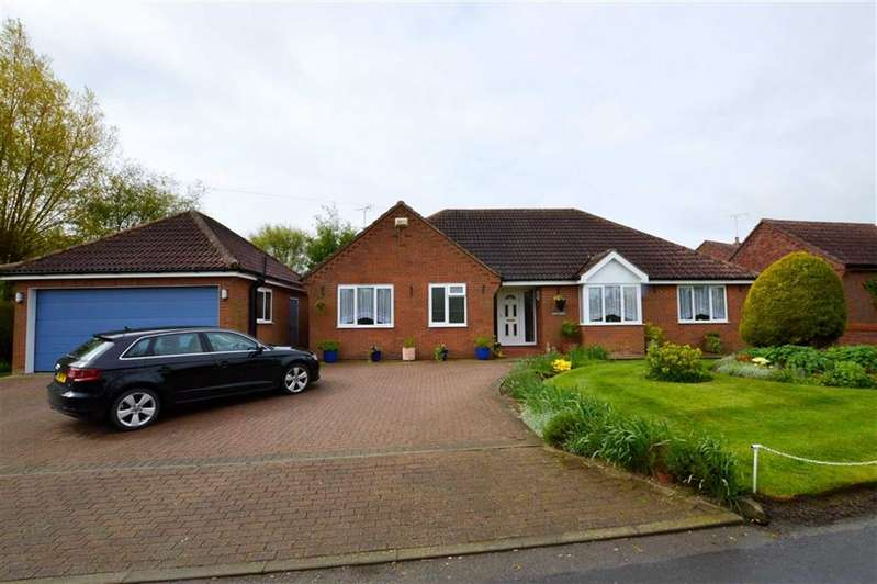 3 Bedrooms Property for sale in East Lambwath Road, Withernwick, East Yorkshire