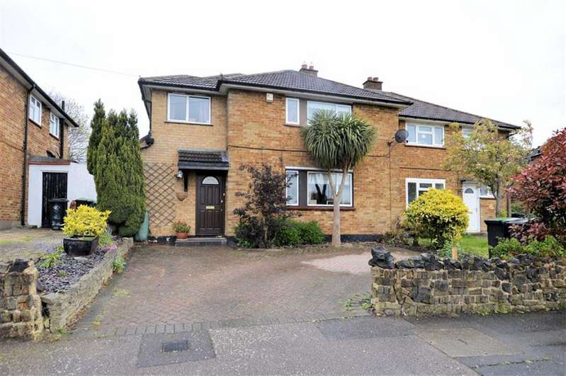 4 Bedrooms Property for sale in Beaconfield Road, Epping