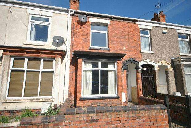 3 Bedrooms Terraced House for sale in Durban Road, GRIMSBY