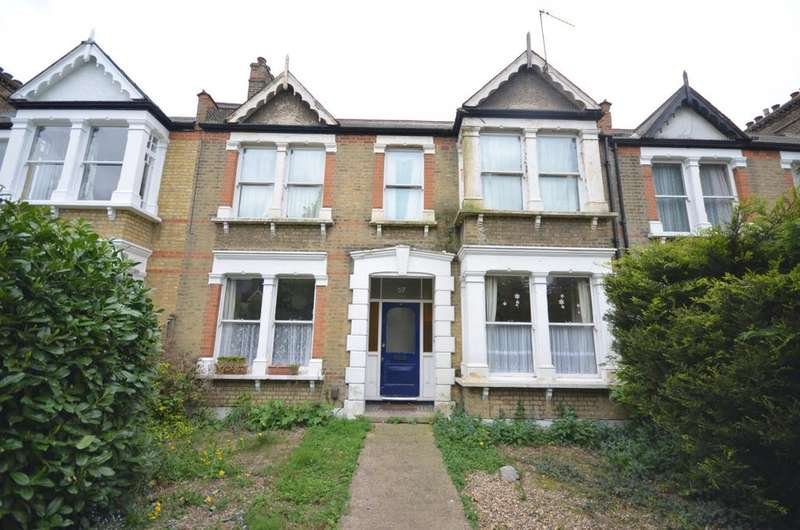2 Bedrooms Flat for sale in Micheldever Road Lee SE12