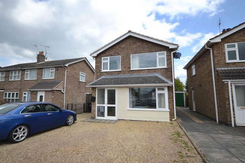 4 Bedrooms Detached House for sale in Montrose Close, Stamford