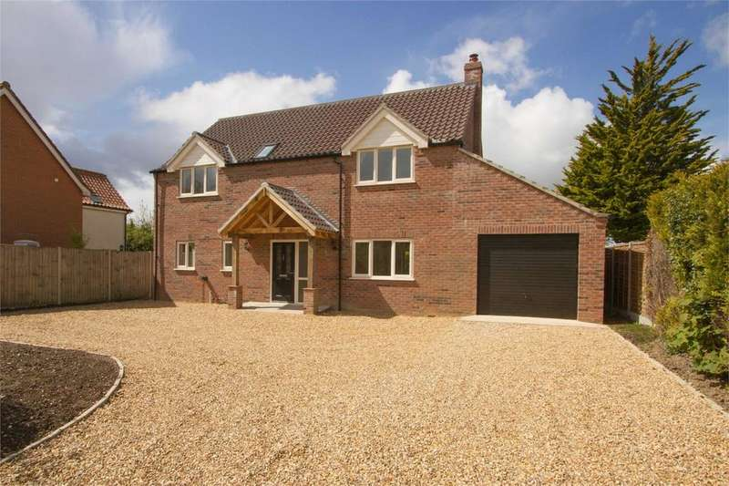 4 Bedrooms Detached House for sale in Shop Street, Whinburgh, Norfolk