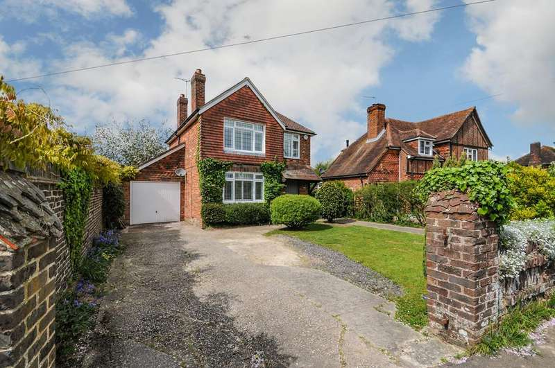 3 Bedrooms Detached House for sale in Birdham, Chichester