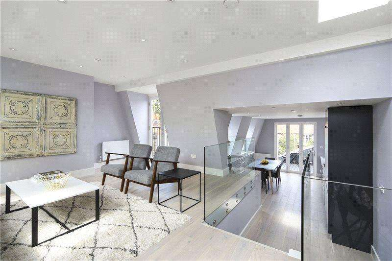 2 Bedrooms Maisonette Flat for sale in Dunraven Road, London, W12