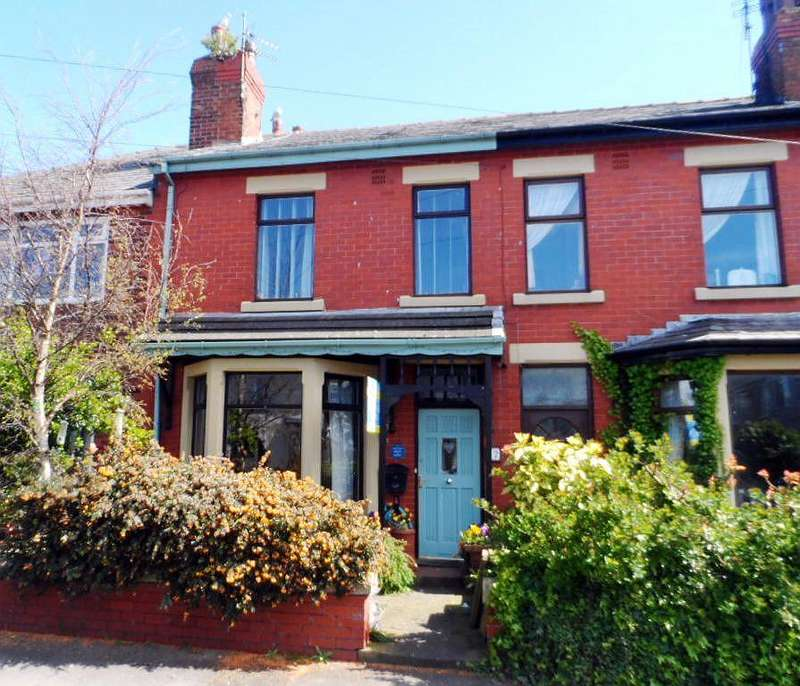 4 Bedrooms Terraced House for sale in St Bernards Road, KNOTT END ON SEA, FY6 0AW