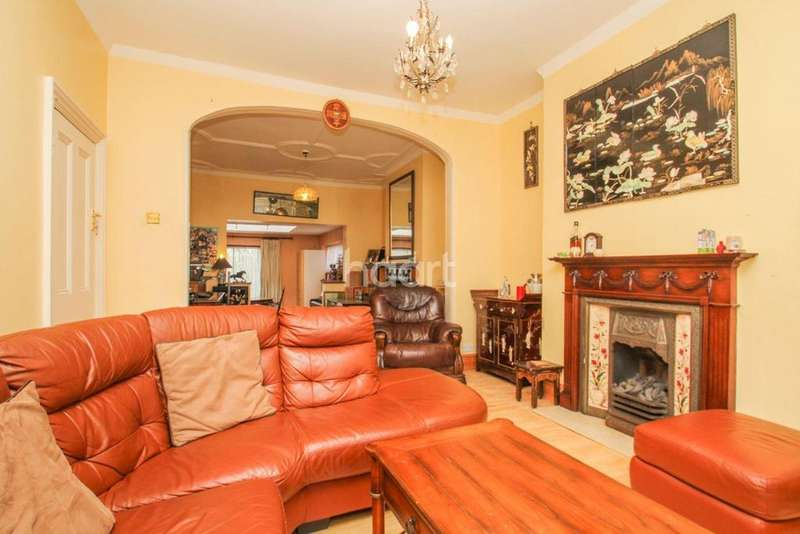5 Bedrooms Semi Detached House for sale in Pollards Hill, Norbury, SW16