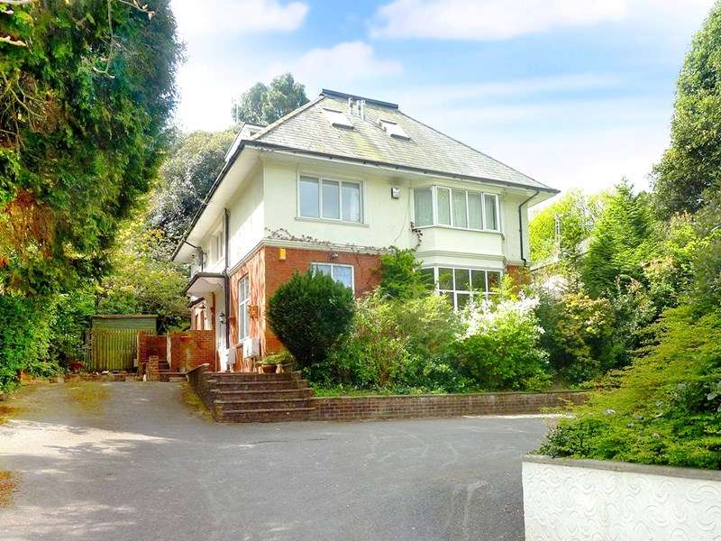 3 Bedrooms Apartment Flat for sale in Westbourne, Nr Coy Pond & Upper Gardens, Bournemouth,Dorset