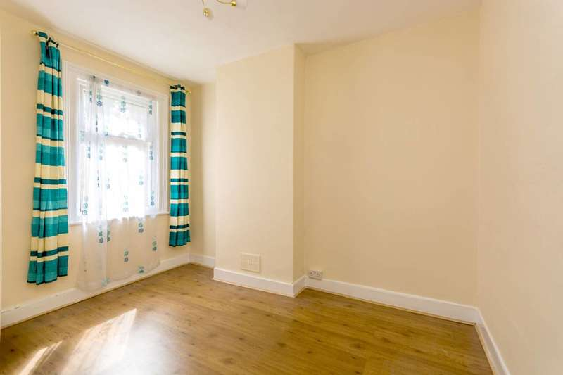 1 Bedroom Flat for sale in Dupree Road, Charlton, SE7