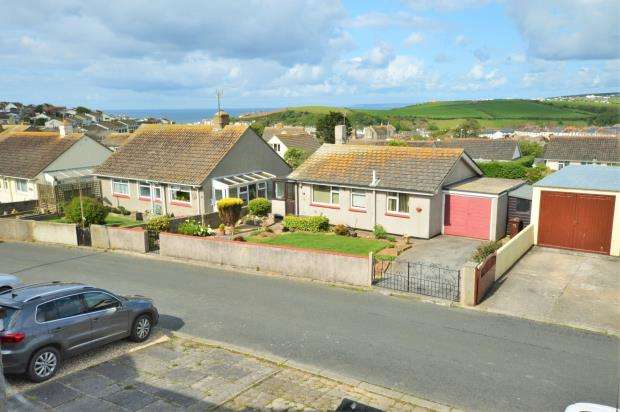 4 Bedrooms End Of Terrace House for sale in Sunset Gardens, Porthleven, Helston, Cornwall