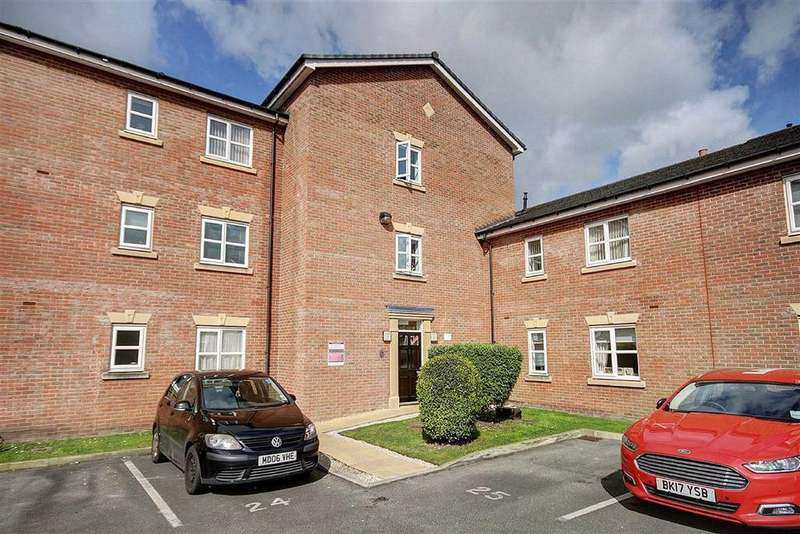 2 Bedrooms Apartment Flat for sale in Lawnhurst Avenue, Manchester