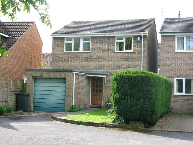 3 Bedrooms Detached House for sale in VICTORIA CLOSE, WILTON, WILTSHIRE SP2 0ET