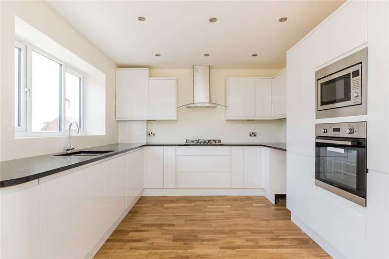 3 Bedrooms Semi Detached House for sale in School Street, Upton, Pontefract, West Yorkshire, WF9