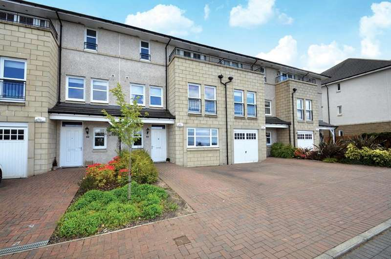 5 Bedrooms Town House for sale in 21 Bluebell Drive, Newton Mearns, G77 6FN