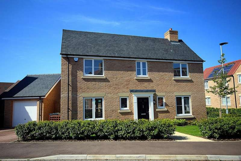 4 Bedrooms Detached House for sale in Hawthorn Croft, Stotfold, Bedfordshire, SG5