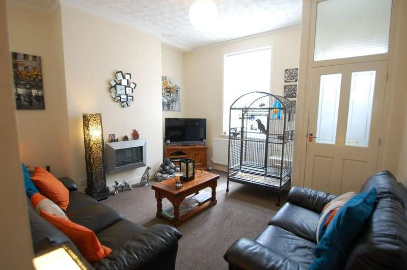 3 Bedrooms Terraced House for sale in Brothers Street, Livesey, Blackburn