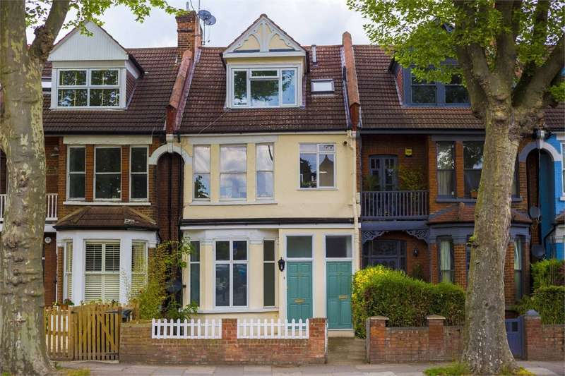 1 Bedroom Flat for sale in Priory Road, Crouch End, London