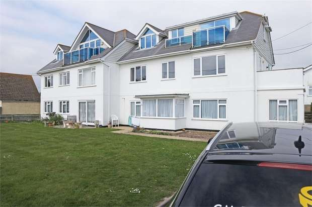 4 Bedrooms Flat for sale in Westover Road, Milford on Sea, Lymington, Hampshire