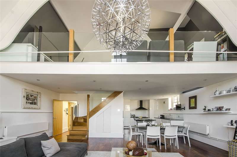 3 Bedrooms Flat for sale in Old Chesterton Building, 110 Battersea Park Road, London, SW11