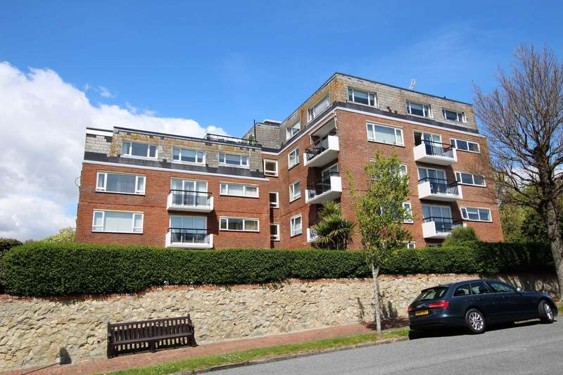 3 Bedrooms Flat for sale in Staveley Road, Eastbourne, BN20 7LH