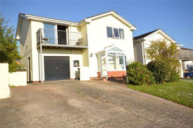 4 Bedrooms Detached House for sale in St Marys Road, Teignmouth, Devon