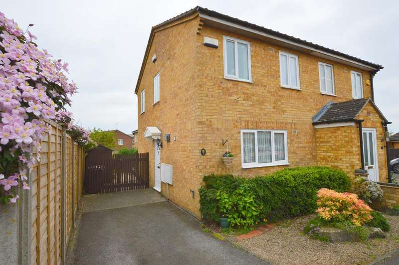 2 Bedrooms Semi Detached House for sale in Weldon Close, Wigmore, Luton, LU2 9TS