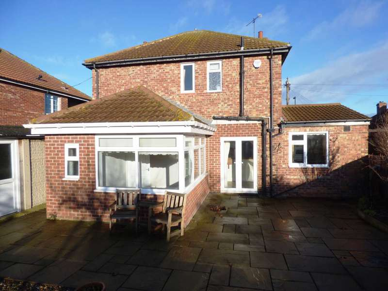 3 Bedrooms Detached House for sale in Mount Pleasant Avenue, Marske By The Sea