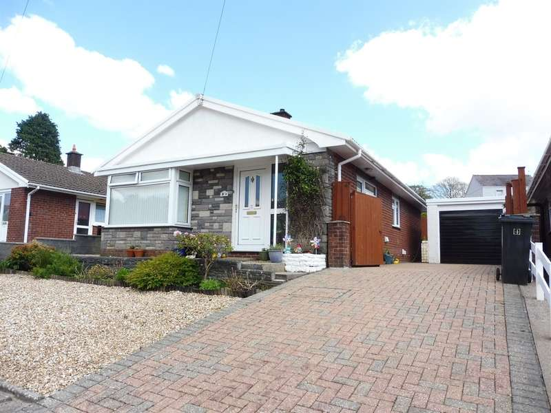 2 Bedrooms Detached Bungalow for sale in Waun Daniel, Rhos, Swansea