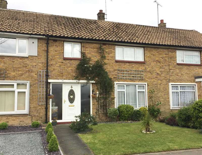 3 Bedrooms Terraced House for sale in Leigh on Sea