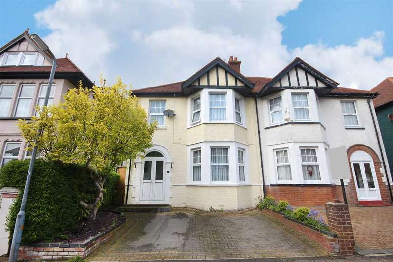 4 Bedrooms Semi Detached House for sale in Freeland Road, Clacton-On-Sea