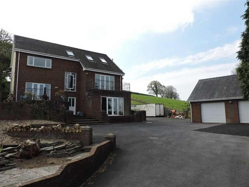 4 Bedrooms Detached House for sale in Heol Blaengwastod, Llangunnor