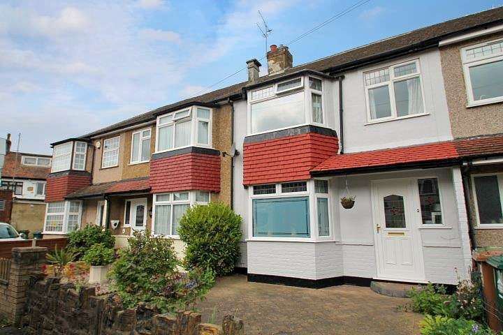 3 Bedrooms Terraced House for sale in Stainash Crescent, Staines-Upon-Thames, TW18
