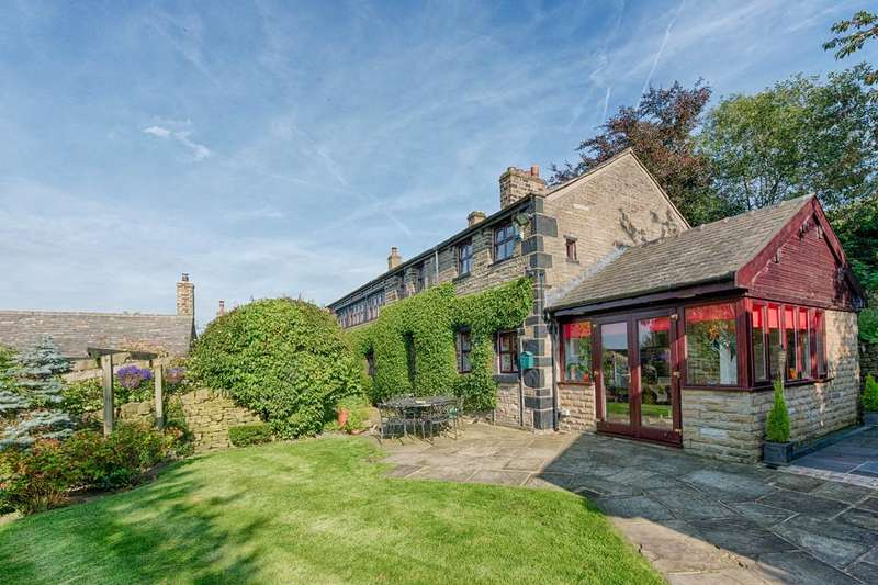 5 Bedrooms Detached House for sale in Lane Head, Greenfield, Saddleworth