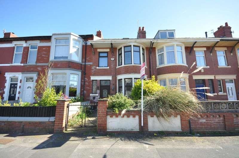 3 Bedrooms Terraced House for sale in Burlington Road, Blackpool, Lancashire, FY4 1JR