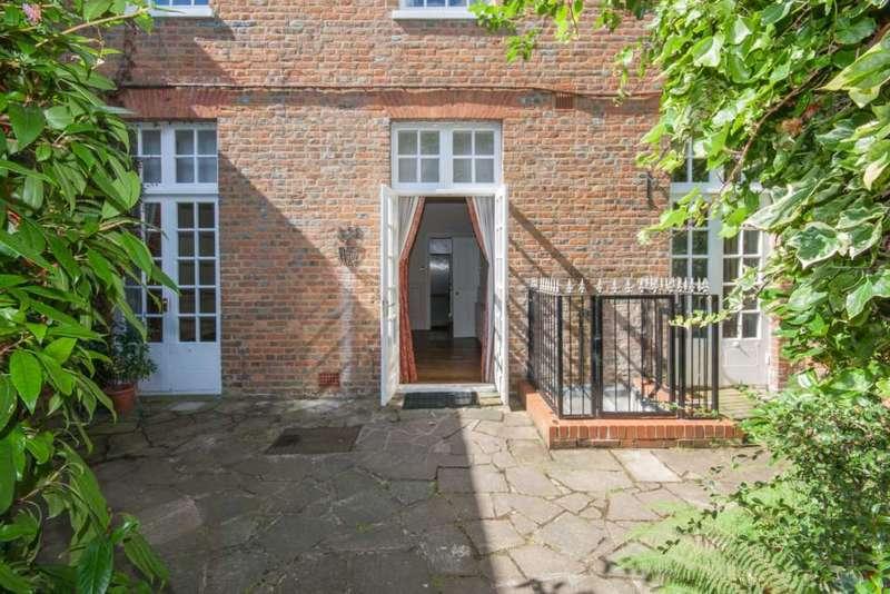2 Bedrooms Apartment Flat for sale in Bridgewater Court, Little Gaddesden