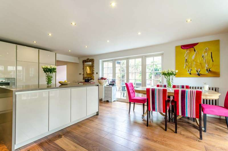 5 Bedrooms Semi Detached House for sale in Lower Teddington Road, Hampton Wick, KT1