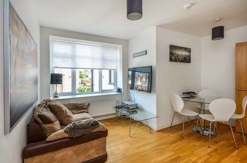 2 Bedrooms Flat for sale in Croydon Road, Beckenham, BR3