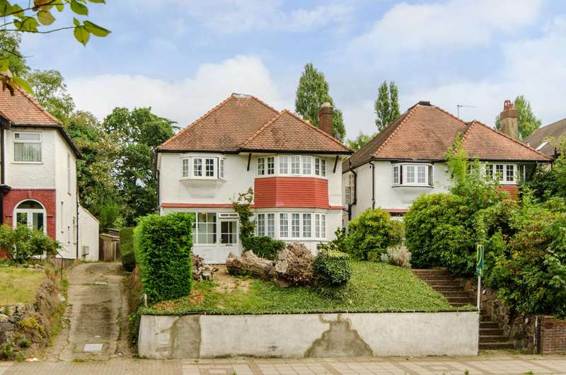 4 Bedrooms Detached House for sale in High Road, Whetstone, N20