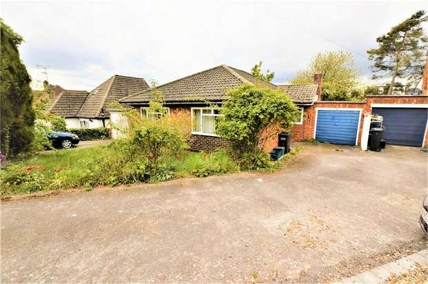 2 Bedrooms Detached Bungalow for sale in Croham Mount, South Croydon