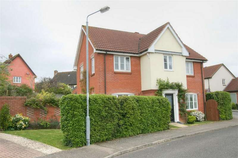 4 Bedrooms Detached House for sale in Greenfield Way, NR15 2WP, Long Stratton, NORWICH, Norfolk