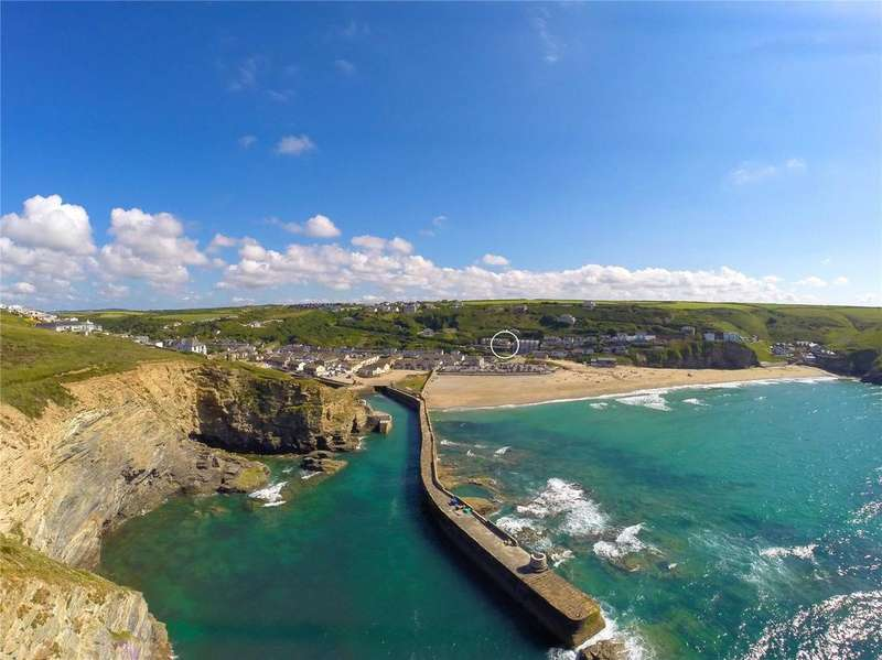 6 Bedrooms Detached House for sale in Tregea Hill, Portreath, Cornwall, TR16
