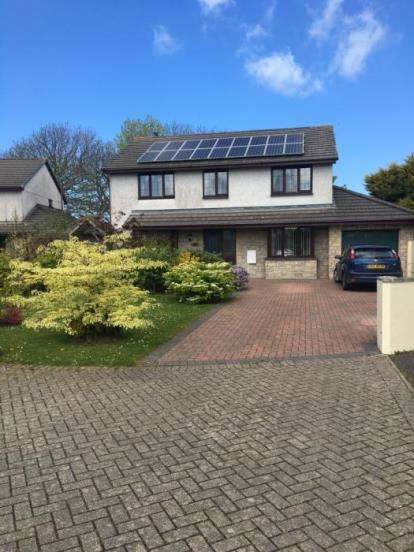 4 Bedrooms Detached House for sale in Illogan, Redruth, Cornwall