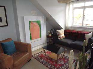 1 Bedroom Flat for sale in Adelaide Avenue, London