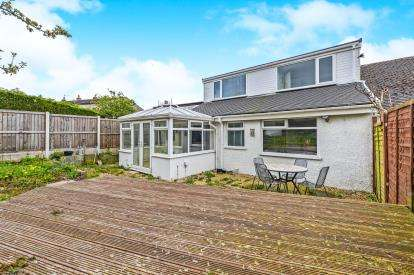 3 Bedrooms Bungalow for sale in Low Road, Middleton, Morecambe, Lancashire, LA3